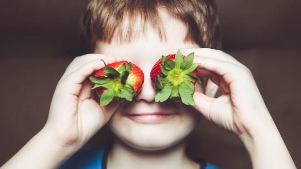 草莓 男孩