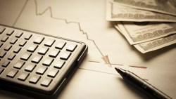 手上股票下跌...快拿出這張檢核表!一旦5項全中...最好趕快出脫