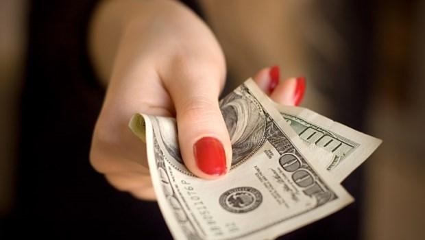 公司把錢發給你,是不是「利多」?一次看懂「現金減資」對你手中股票的影響