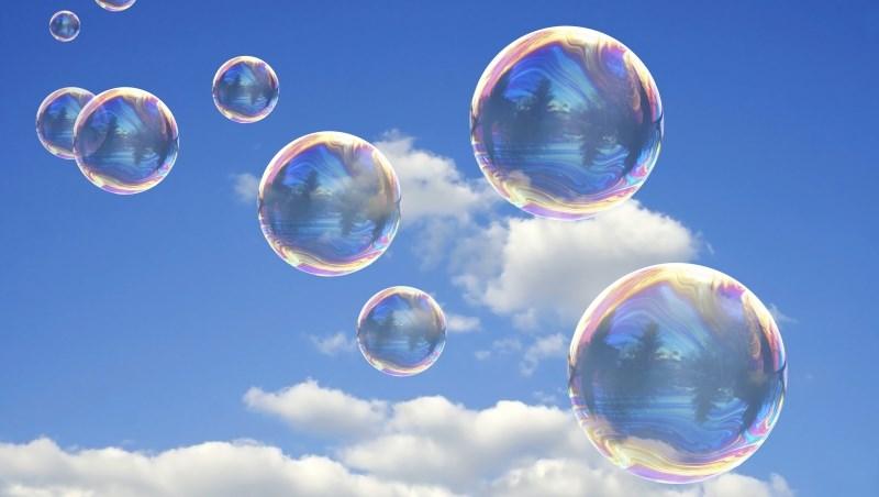 一個華爾街經理人的體悟:工作是橡皮球,會回彈;投資理財是玻璃球,不小心就會破