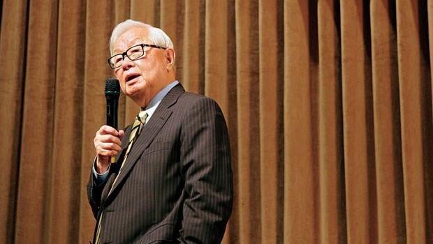 市值比台積電高50%的企業,執行長都敢交棒給45歲的人...台灣經濟要好,張忠謀早該退休了!