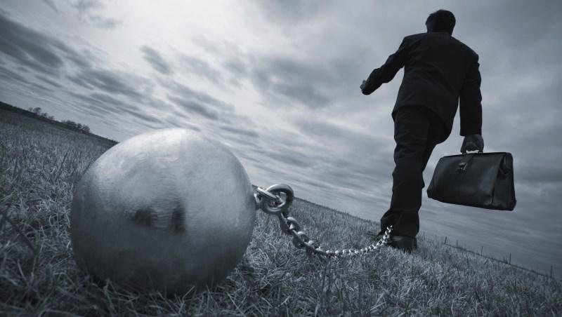 投資 股市 股票 基金 債券 賠錢 虧損 下跌 負債