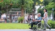 台灣社會老化速度,遠比美、法來得快