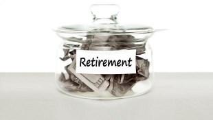 長輩圈瘋傳:55歲提早退休領「打折扣」的勞保年金,總額比60歲退休的
