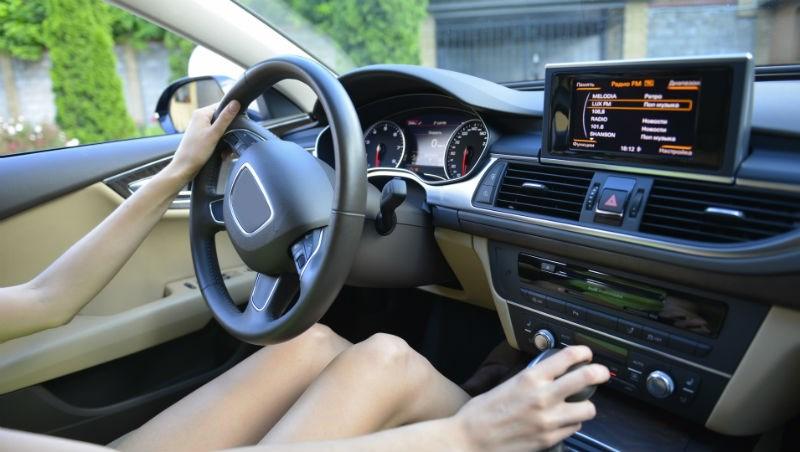 進口車市佔率逼近5成了!不想花大錢買安全性不夠的車,先看車商有沒有做這兩件事