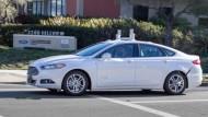谷歌、福特傳將攜手成立無人駕駛車合資企業