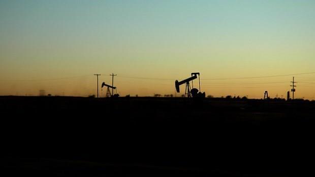 經濟學人》別再說低油價對經濟好了,它已經從救世主變成破壞王