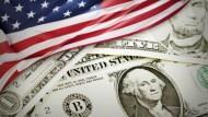 美元強勢,該買美元保單嗎?