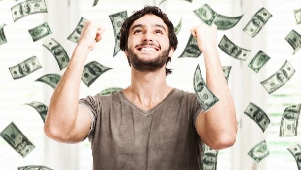 《富爸爸窮爸爸》作者:2016年想翻轉成富人,「借錢買房」是個辦法