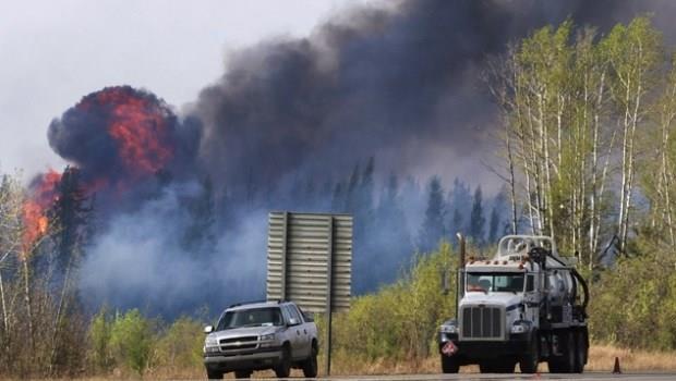 加拿大野火