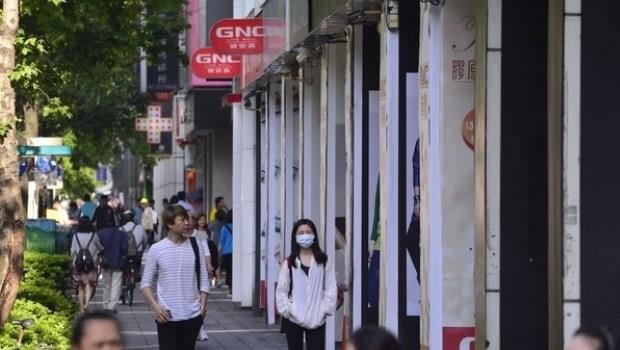 大筆資金湧入炒房...台灣七年級生成絕望世代,「甭理財」真相被推爆