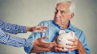 《負利率+壞景氣》不想讓自己變「下流人」,這3件事情千萬別做