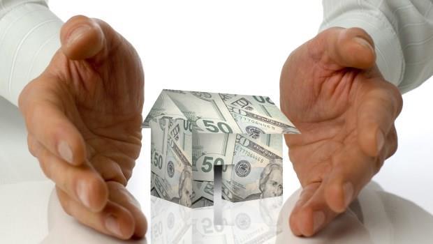 房地產泡沫有多可怕?就算有天你買進的房價跌到剩一半,你還是在付高點買進時的房貸