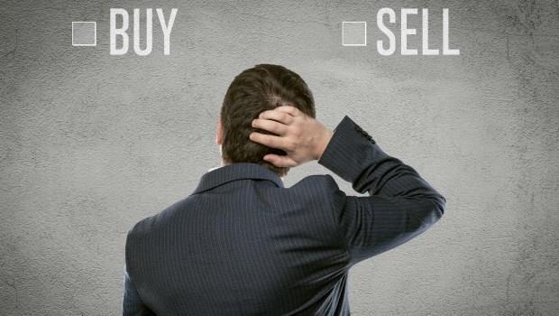 這篇告訴你,為什麼股票下跌了50%,投資人仍繼續持有,上漲了10%卻立刻賣出?