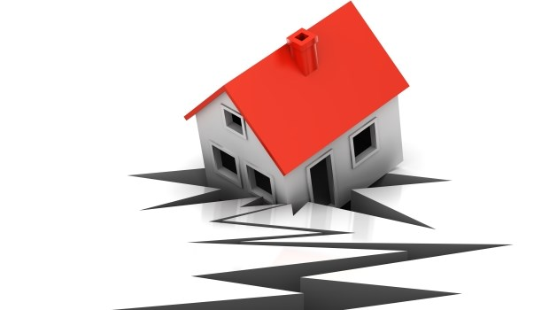 不管自住或投資都一樣!以為房地產很穩、不像期貨選擇權風險高?數字證明你錯了