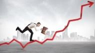 漲幅大於高收益債,且跌不死人,平衡式基金最適合買來長期投資?