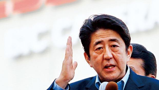 經濟復甦之路佈滿荊棘...日本政府手中無牌可打,安倍經濟學無力回天