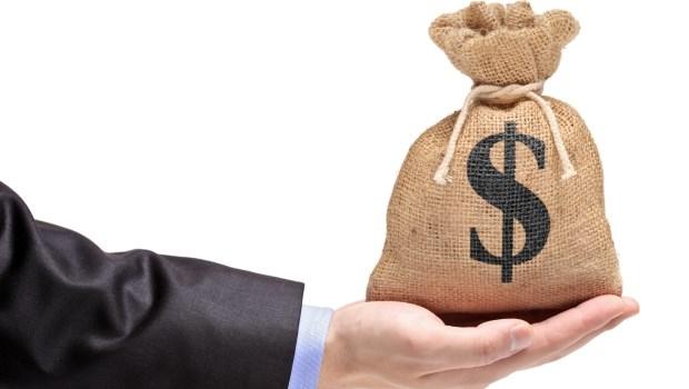 25歲社會新鮮人,月薪4萬多,如何用「零存整付」在三年內存到100萬?