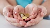 「爸媽每賺的100塊,有90塊要用來付生活開銷」從小就該灌輸孩子的7件事