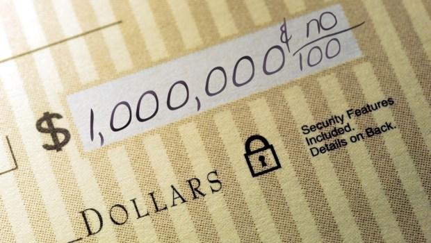 嫁富豪、買彩券...成為百萬富翁的方法有5種,但只有一種能保證你有錢到老
