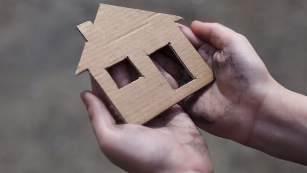 為了買房給母親,他不斷轉職跳槽拚高薪...想不到竟因此房貸下不來,賠掉第一桶金