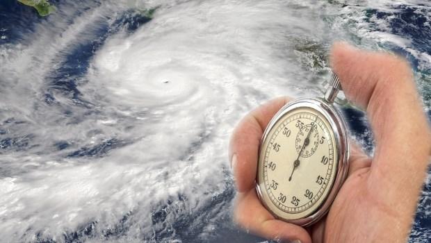 擔心愛車泡水、想保颱風險得盡早!一旦氣象局發布海上警報,保險公司就不給保