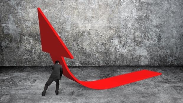 最能有效解決台灣經濟困境的方法:把台幣存款利率提高到10%