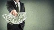 高盛交易員靠高收益債半年賺30億!你光買這支ETF,就能跟這個交易員一樣厲害