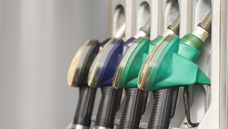 OPEC減產,95汽油明年要漲回30元?一張表看2017年油價怎麼走