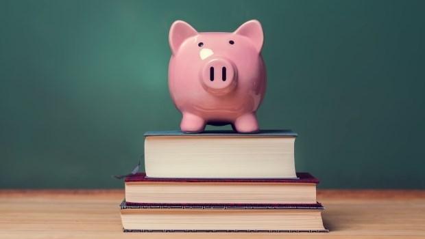 給想嘗試海外ETF的投資人:每月有一萬元預算,這3支將是最好的選擇