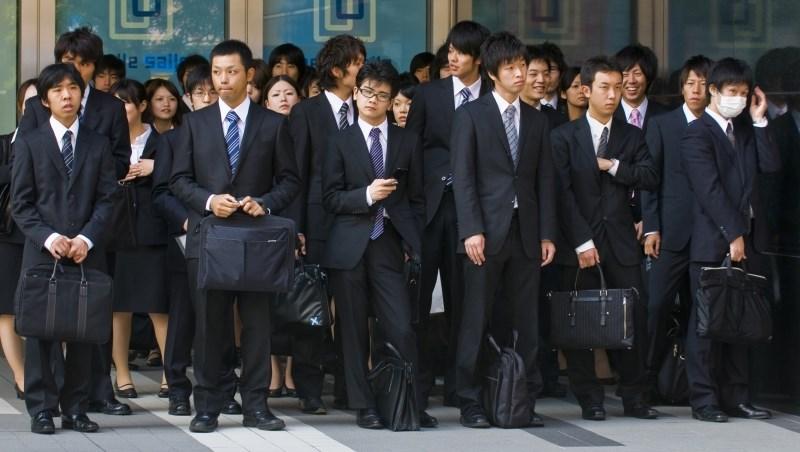 台灣人心裡可以好過一點?德意志銀行經濟學家:全世界任何地方都沒看見薪資成長跡象