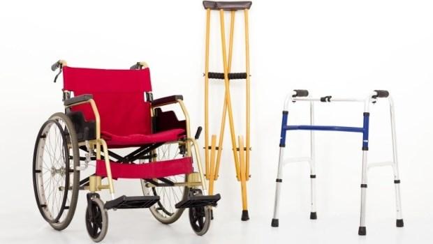 失能長輩用的,政府都有補助!電動床、輪椅、便盆椅...怎麼申請可以爭取到最多補貼?