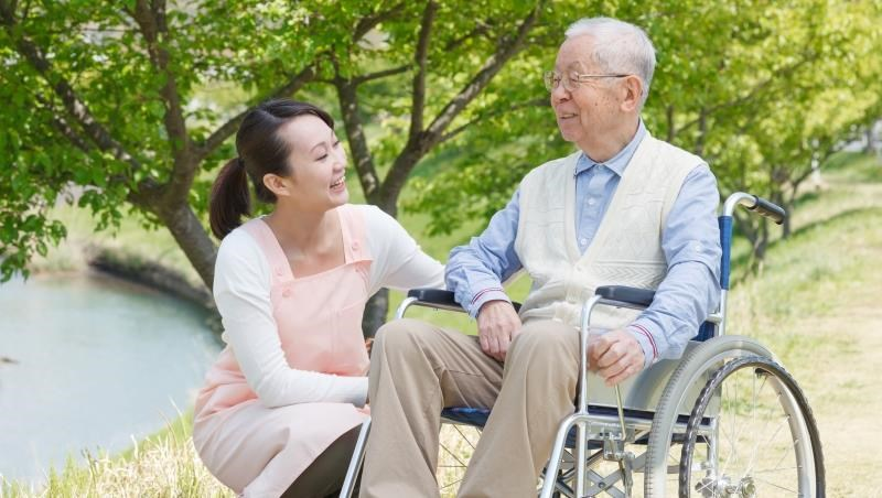 「榮民之家」開放一般民眾申請!65歲以上長輩,每個月最低12000元包吃住