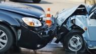 一次看懂,發生車禍時,可以申請哪些理賠?理賠金額有多少?