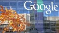 全球廣告費用,Google與臉書海撈達20%!