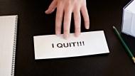 我想離職,但公司退回我的辭呈不讓我走,怎麼辦?人資專家4點建議