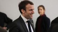 「政壇男神」大贏「女版川普」!39歲馬克宏成法國史上最年輕總統