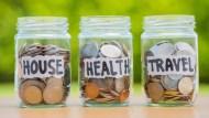 年金改革衝擊大,須重新檢視家庭財務》如何避免購屋排擠退休規畫?