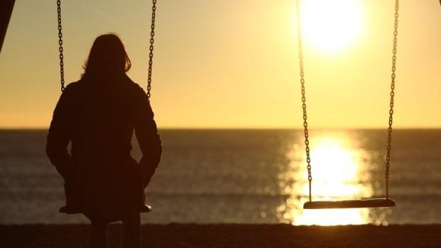 單身者比有伴侶者,每年多花23萬》「單身族」更容易變「下流老人」的5個理由