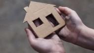 「想讓父母有個家」月薪5萬孝女,被每月4萬房貸壓垮