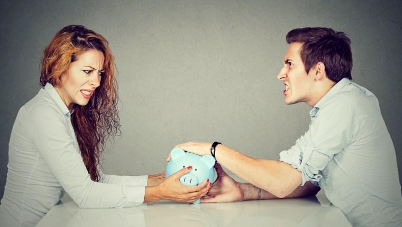 老婆想多花點錢,老公覺得浪費...30歲新婚小夫妻的爭執:裝潢好一點,值得嗎?