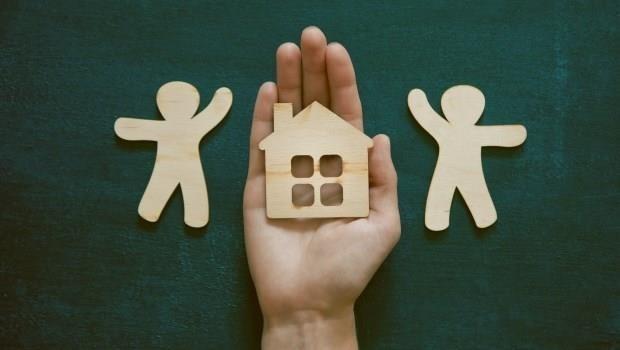 日本3千主婦在用的「金錢整理術」》一位家庭主婦「整理老公」,兩人開始存下「蓋屋基金」