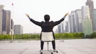 人生第一個一百萬不該靠投資賺來!30歲躋身百萬上班族的兩個方法