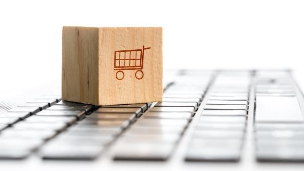 為什麼大家跑去用蝦皮?台灣網路購物生意被搶光,這家今年第一季大虧1600萬