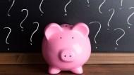 社會新鮮人平均扛20萬學貸!要先理債?還是先理財?