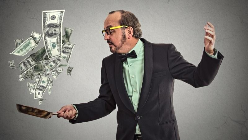 「上市公司的財報就像女生的比基尼...」在股市打滾23年,他分享5個最有用的投資金句