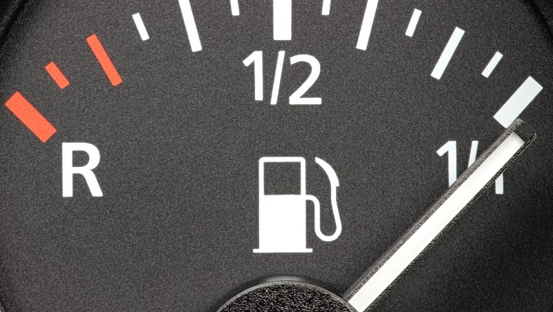 不是所有ETF都適合長期持有!跟著油價漲跌的「元石油」ETF,3個操作心法