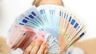 歐元遭超買、年漲10%太超過,美元多頭將再起?