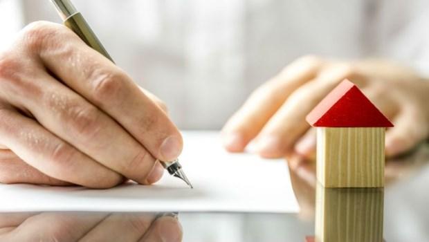 一對夫妻買股賺了500萬、每月有5萬閒錢...excel一算,最多只能買不到1500萬的房