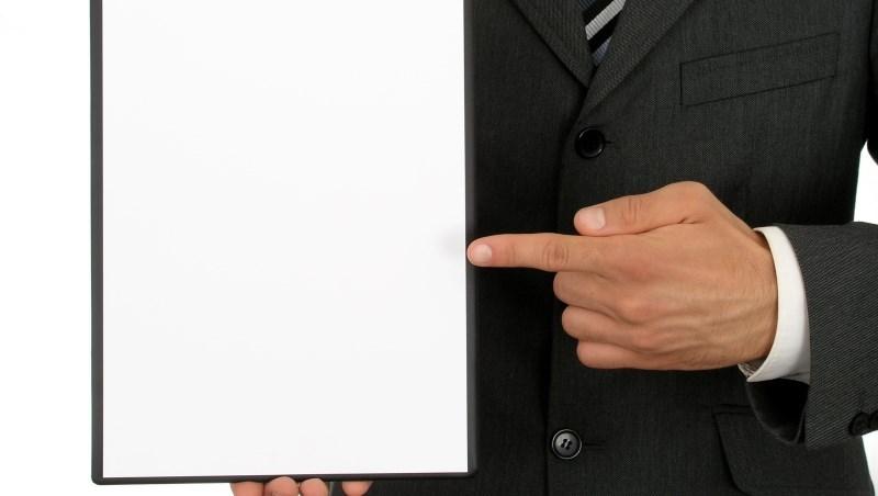 合約條款都是保險公司設計,被拒賠時...業務員傳授:搬出這項「帝王條款」,討回賠償金